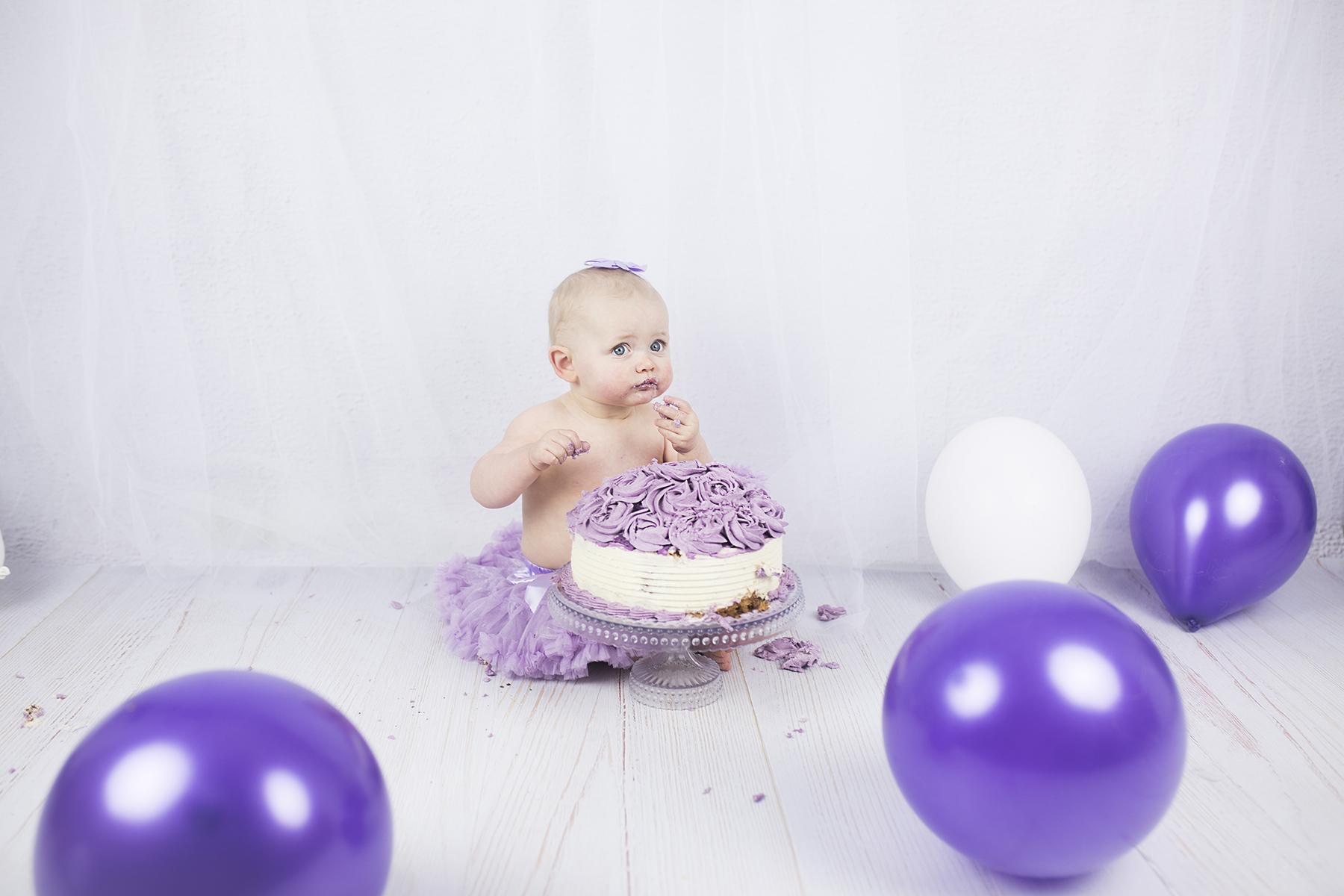 Smash_the_cake_fotografering_1-års fotografering_barnfotografering_göteborg_öcerkö_hönö_västsverige_västkusten_premina_photography_fotograf_emma_ludvigsson9A63949A1963 (kopia)